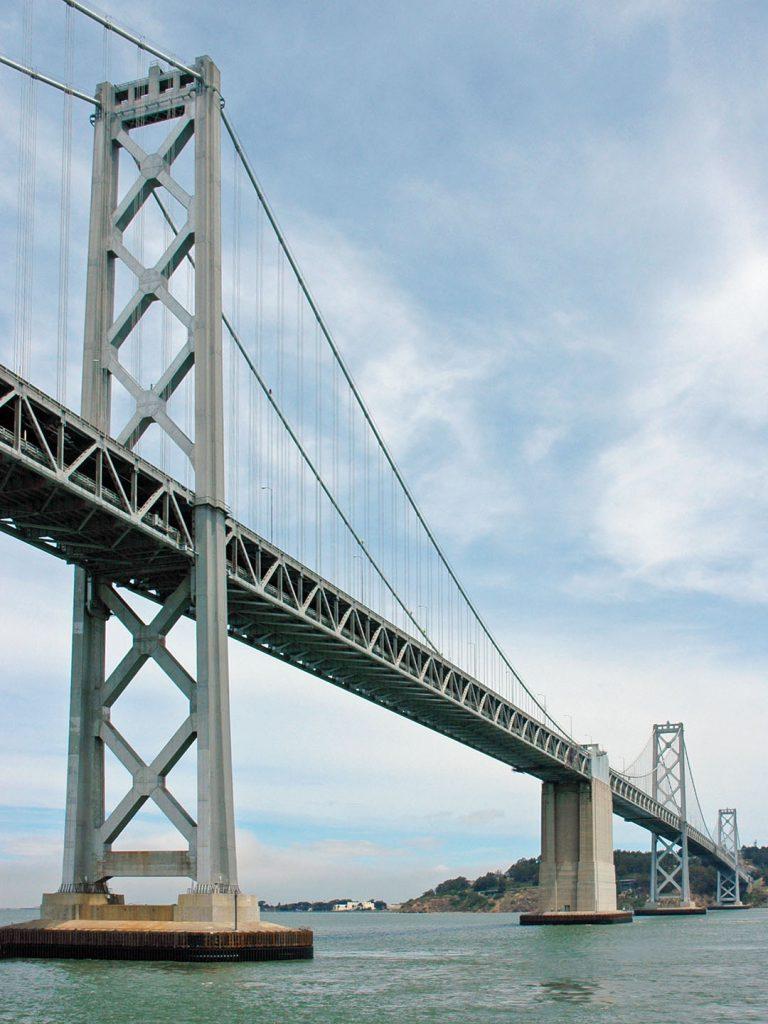 Unter der Bay Bridge